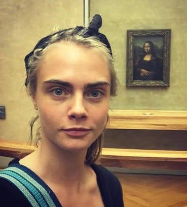 Cara Delevingne in a Mona Lisa selfie