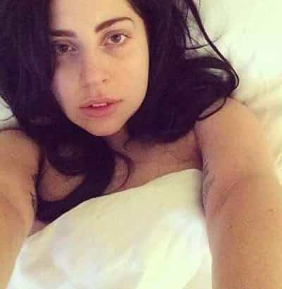 Lady Gaga with black hair and makeup-free is sexy