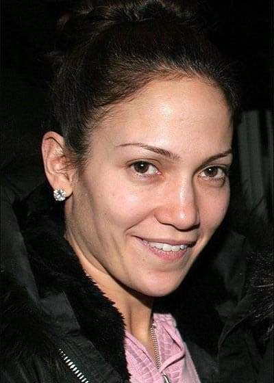 Jennifer Lopez cheeky smile