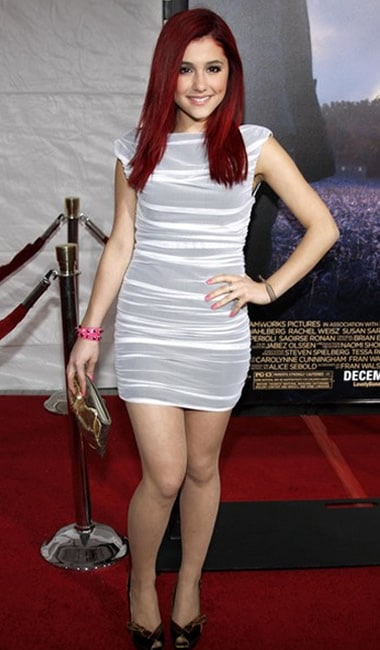 Ariana Grande with pearly arms and legs