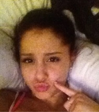 Ariana Grande Wakeup Selfie