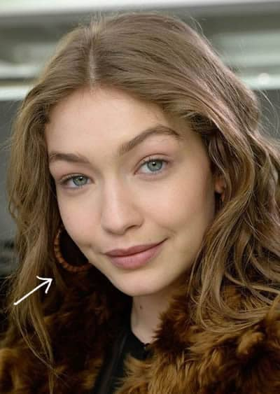 Does Gigi Hadid have makeup on?