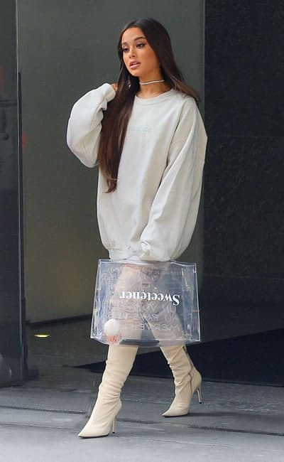 Ariana Grande no privacy handbag