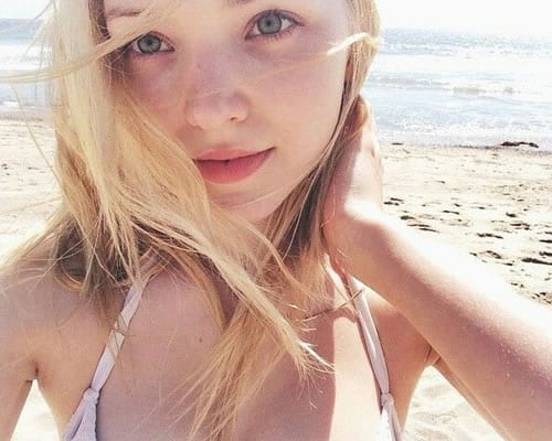 Dove Cameron having a nice day at the beach