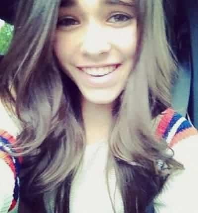 Madison Beer nice throwback selfie