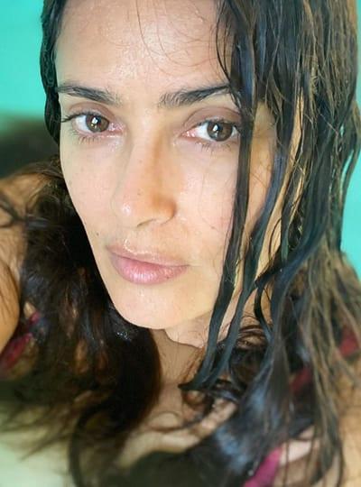 Salma Hayek wet hair look