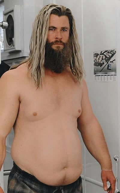 Chris Hemsworth as fat Thor with dirty blonde hair