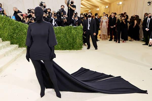 Kim Kardashian Met Gala 2021 Outfit Front View