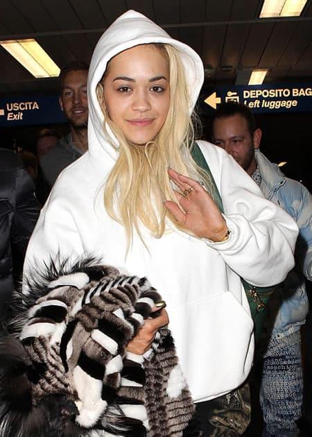 Rita Ora landing in Milan airport