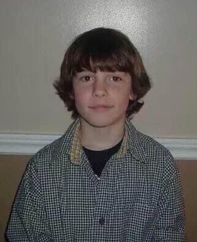 Shawn Mendes vintage haircut